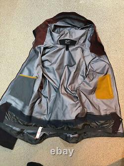 ARCTERYX Rush Jacket GORE-TEX Pro Black Baccara Size Medium RRP £600