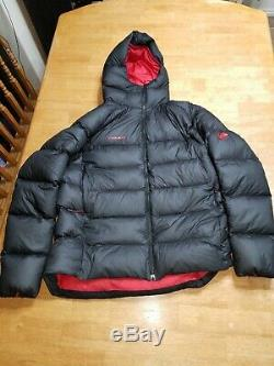 NWOT MAMMUT MERON Jacket Goose Down Fill 900 Coat Size XXL Black Hooded