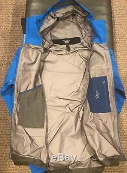 Arcteryx Mens Beta Sv Gore-tex Pro Jacket (# 18411). Moyen. Rigel (bleu). Nouveau