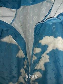 Louis Vuitton Monogram Nuages Brise-vent Bleu Bnwot Taille 54