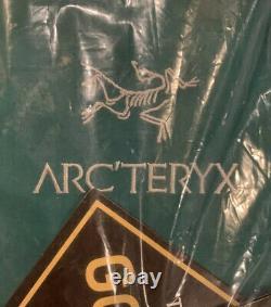 Nwts Arcteryx Mens Beta Ar Gore-tex Pro Jacket. Grande. Yugen, C'est Lui. #21782. Détail 575 $